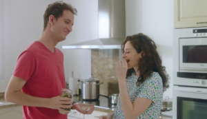 couple dans la cuisine.png