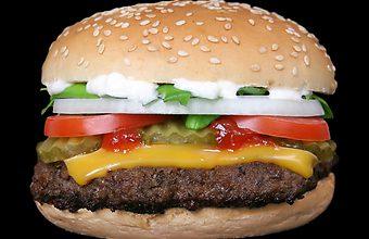 """Le """"savoir-manger"""" des Français à l'épreuve du burger"""